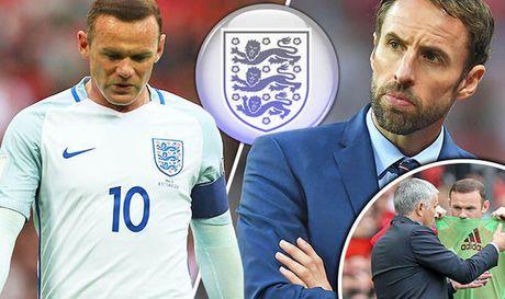 Da qua te, Rooney bi hat bay khoi tuyen Anh - Anh 1