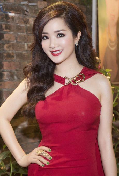 Giang My lam Truong BGK cuoc thi Nu hoang da quy VN 2016 - Anh 1