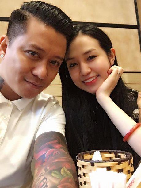 Tuan Hung bi vo gian bo ve nha ngoai; Quang Vinh noi ve tin don gioi tinh - Anh 2