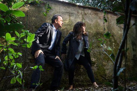 'Bong hong nuoc Anh' sanh vai Tom Hanks trong phan tiep theo 'Mat ma Da Vinci' - Anh 2