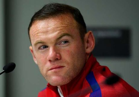 Vo Rooney benh chong trong bao chi trich - Anh 1