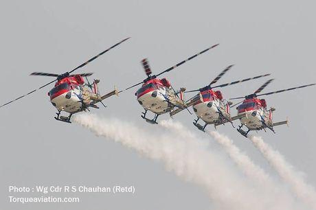 Man nhan Khong quan An Do duyet binh tren troi - Anh 4