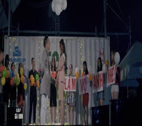 Chau Khai Phong cau hon ban gai trong MV moi - Anh 3