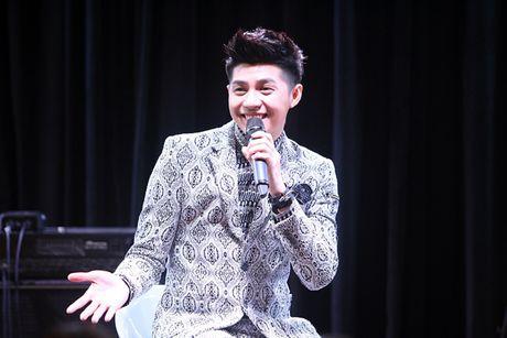 Fan xep hang gap Noo Phuoc Thinh tai Han Quoc - Anh 5