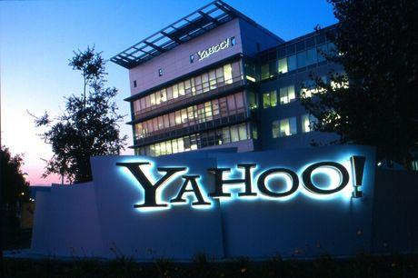Yahoo bi kien phan biet doi xu voi nam nhan vien - Anh 1