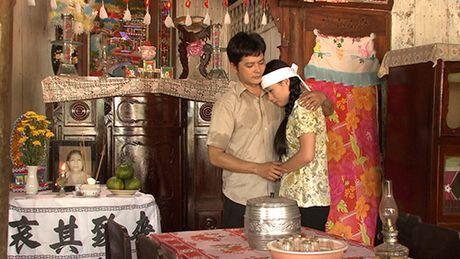 Ba xa dien vien hai Gia Bao can nuoc mat khi lam tinh dich cua Van Trang - Anh 2