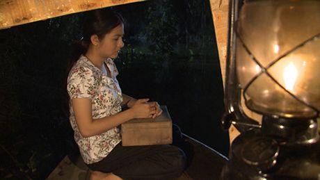 Ba xa dien vien hai Gia Bao can nuoc mat khi lam tinh dich cua Van Trang - Anh 5