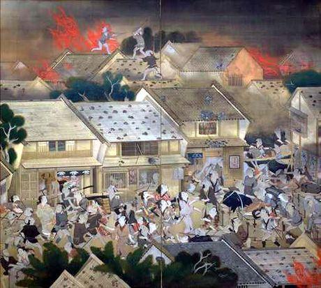 Bi an bo Kimono rung ron khien 3/4 Tokyo xua chim trong bien lua - Anh 6