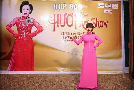 Dan Truong, Phuong Thanh chuc mung Liveshow dau tien cua Viet Huong - Anh 3