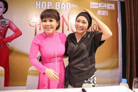 Dan Truong, Phuong Thanh chuc mung Liveshow dau tien cua Viet Huong - Anh 4