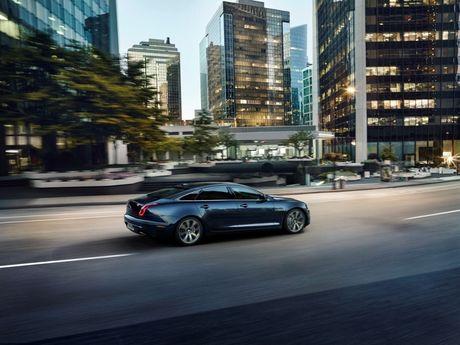 Diem mat dan xe Jaguar Land Rover tai VIMS 2016 - Anh 3