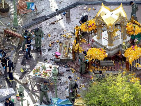 Thai Lan canh bao danh bom, that chat an ninh quanh Bangkok - Anh 2