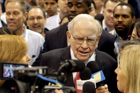 Ty phu Buffett da xoay ong Donald Trump - Anh 1