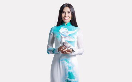 Thong diep Nguyen Thi Loan gay an tuong tai hoa hau Hoa binh Quoc te - Anh 2