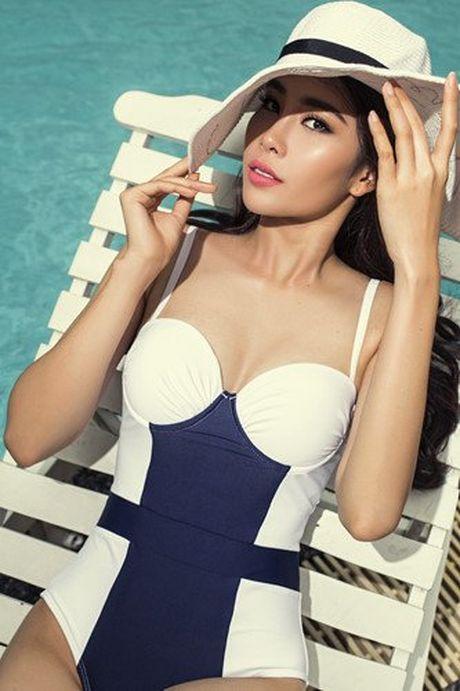 Nam Em khoe voc dang ngoc nga voi bikini, bao Philippines tram tro - Anh 3
