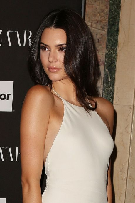 Kendall Jenner dang khien sao PSG thao thuc - Anh 1