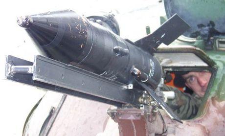 Cuc hiem canh BMP-1 ban ten lua chong tang AT-3 - Anh 5