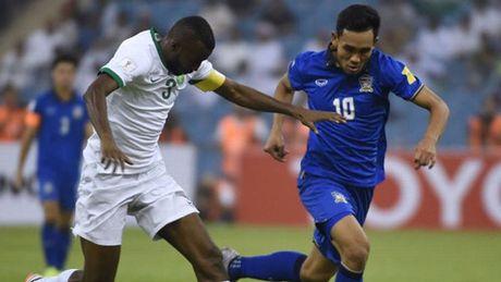 'Tuyen Thai Lan nen tap trung cho AFF Cup' - Anh 2