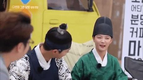 "Cap doi ""May hoa anh trang"": 9 lan khien trai tim rung dong - Anh 6"