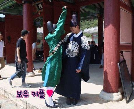 "Cap doi ""May hoa anh trang"": 9 lan khien trai tim rung dong - Anh 8"