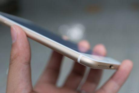 Tren tay iPhone 7 Plus 3 trieu dong: camera kep, nut home cam bien, sac Lightning - Anh 9
