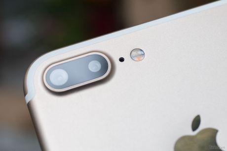 Tren tay iPhone 7 Plus 3 trieu dong: camera kep, nut home cam bien, sac Lightning - Anh 5