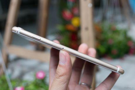 Tren tay iPhone 7 Plus 3 trieu dong: camera kep, nut home cam bien, sac Lightning - Anh 8
