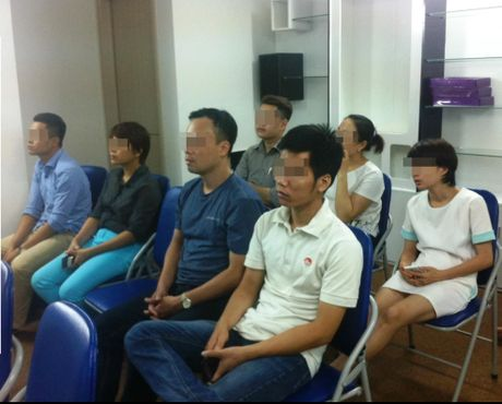 Tham nhap 'cho' mua ban tien ao giua Ha thanh (1): 'Dau tu 40 trieu, sau 3 thang lai hon nua ti dong' - Anh 1