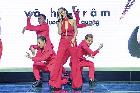 """Quynh Chi bi """"ho nang"""" khi lam MC cho ban than Vo Ha Tram - Anh 9"""