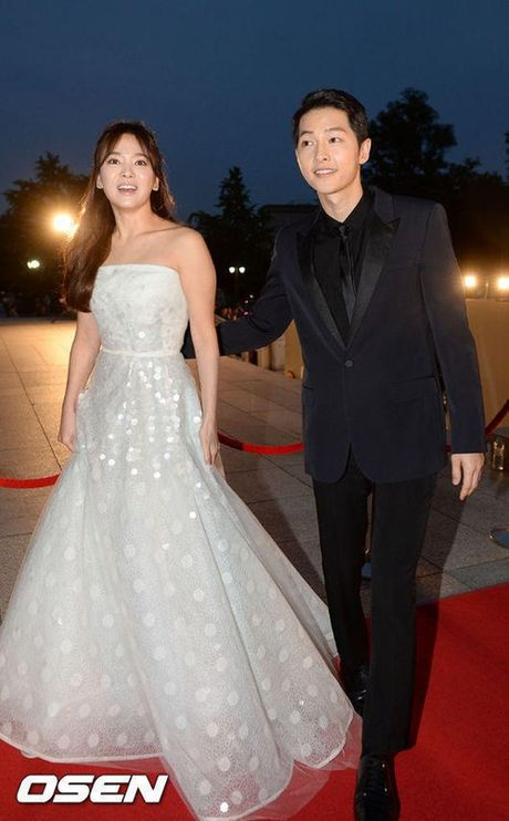 Ngoi sao 24/7: Sau tin chuan bi cuoi, Song Joong Ki - Song Hye Kyo hen ho o Na Uy - Anh 2