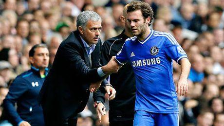 "Mata - Mourinho: Tu ""ke bi ruong bo"" den ""vi cuu tinh"" - Anh 1"