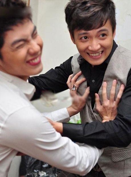 Hanh dong phi cuoi cua Noo Phuoc Thinh khi gap trai dep Viet - Anh 6