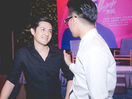 Hanh dong phi cuoi cua Noo Phuoc Thinh khi gap trai dep Viet - Anh 7