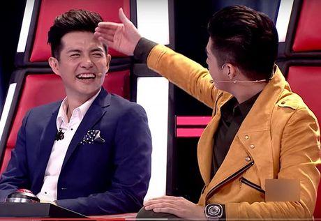 Hanh dong phi cuoi cua Noo Phuoc Thinh khi gap trai dep Viet - Anh 8