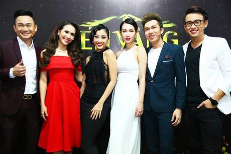 Ho Ngoc Ha vua di vua an cho kip gio bieu dien o En Vang 2016 - Anh 10