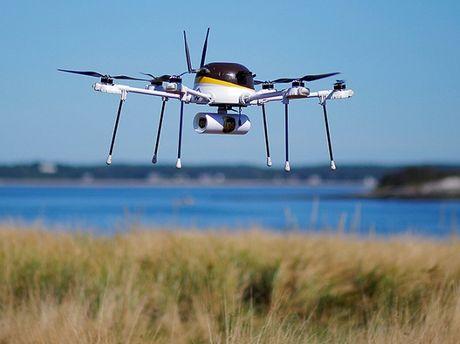 My lo 'sot vo' vi IS co UAV danh bom cam tu - Anh 1