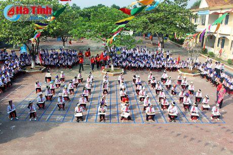 'Rung chuong vang' tim hieu 180 nam thanh lap huyen Ky Anh - Anh 1