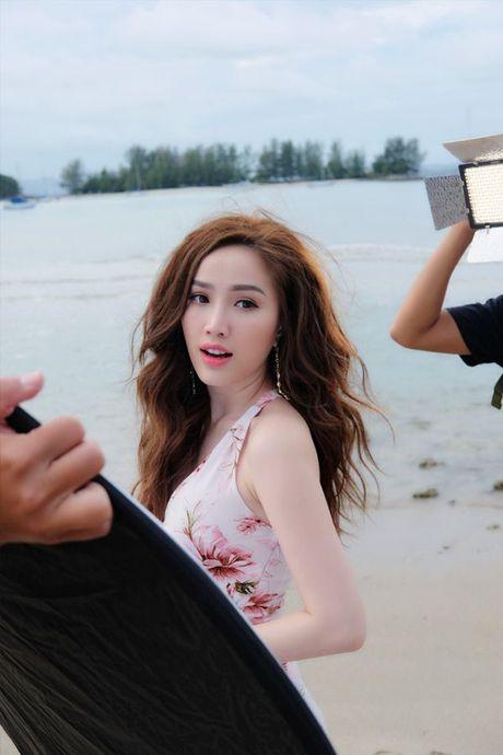 Bao Thy suyt gap nguy hiem khi quay MV nua ty tai Malaysia - Anh 3