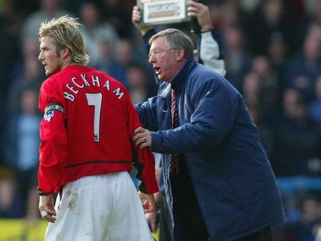 Alex Ferguson dien tiet lat ban vi Beckham xin phep di tap bang... may bay truc thang - Anh 4
