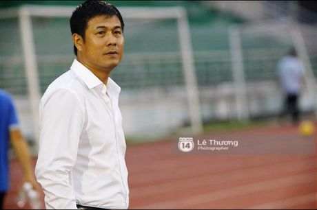 HLV Huu Thang: 'Nhieu luc toi cung nho vo con lam...!' - Anh 4