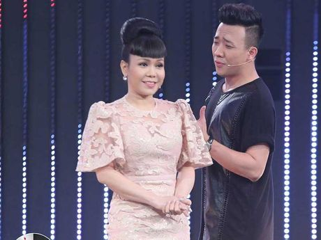 Viet Huong lan dau lam liveshow giup nguoi ngheo - Anh 2
