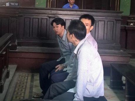'Dai bang' trai giam lanh an tu - Anh 1