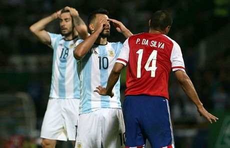 Bao Argentina: Aguero len tuyen nho phe canh cua Messi - Anh 3
