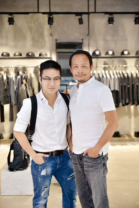 Diem mat nhung nhan vat dung sau show thoi trang hoanh trang cua Chung Thanh Phong - Anh 4