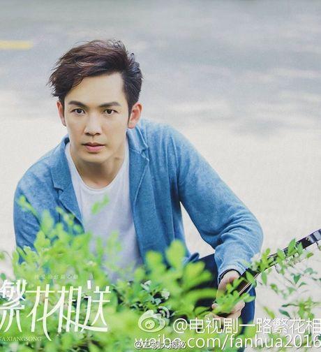 'Ong chu' Chung Han Luong lai don tim fan voi ve dien trai khong tuoi tac - Anh 6