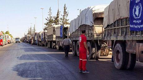 Nga bac bo cao buoc danh bom doan xe cuu tro tai Syria - Anh 1