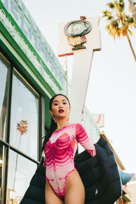 Khong the roi mat khoi co gai Can Tho dang 'lam loan' Hollywood - Anh 2