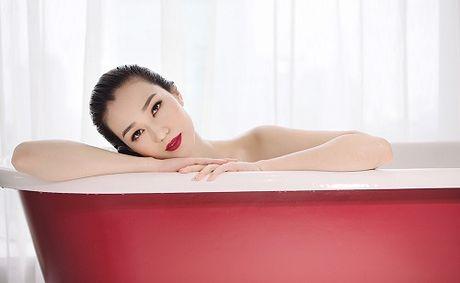 Khanh My 'cang nuot' voi noi y xuyen thau - Anh 11