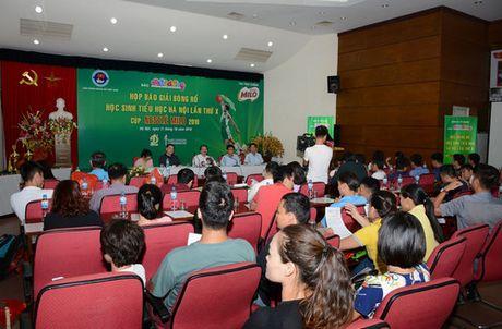 Tren 100 truong tham gia giai bong ro hoc sinh tieu hoc Ha Noi 2016 - Anh 1