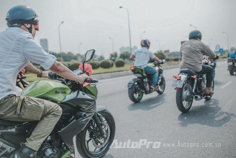 Cuc chat voi chu re biker don dau bang xe Suzuki Bandit 1200s - Anh 9